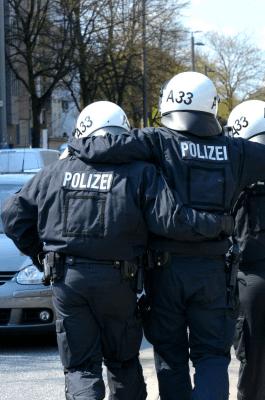 CDU Baden-Württemberg zu den Randalen in der Stuttgarter Innenstadt: Wir stehen hinter unserer Polizei